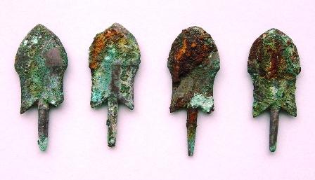 画像:銅鏃