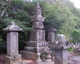 画像:山縣大弐の墓02