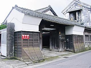 画像:府中誉株式会社06-長屋門-
