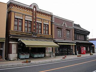 画像:旧石岡市内の看板建築01-看板建築-