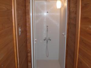 画像:シャワー室