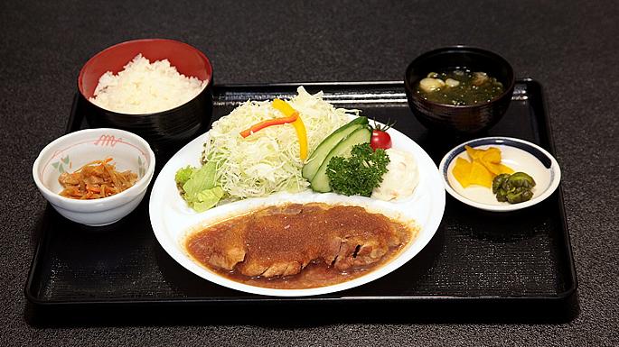 画像:やさと温泉ゆりの郷 食事処「紫峰」01