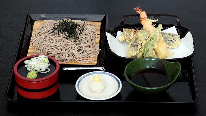 画像:やさと温泉ゆりの郷 食事処「紫峰」02