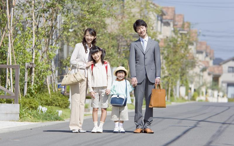 『『【ポイント2】新婚・子育て世帯に家賃を助成します!』の画像』の画像