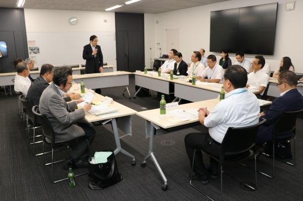 『第1回地域医療に係る対策を検討する専門委員会当日の様子』の画像